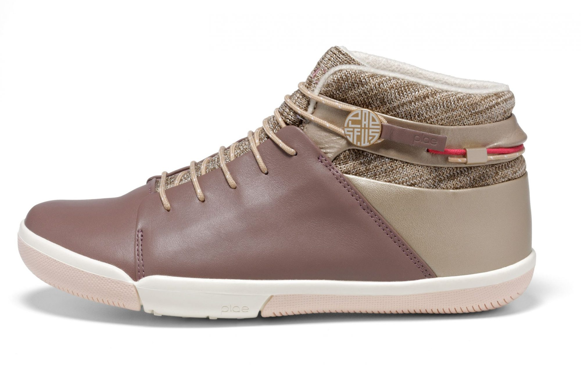 wateproof-footwear-plae-e1555619365447.jpeg