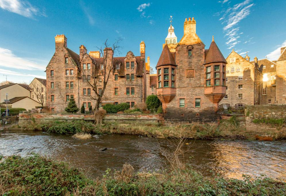 picture-of-outlander-airbnb-photo.jpg