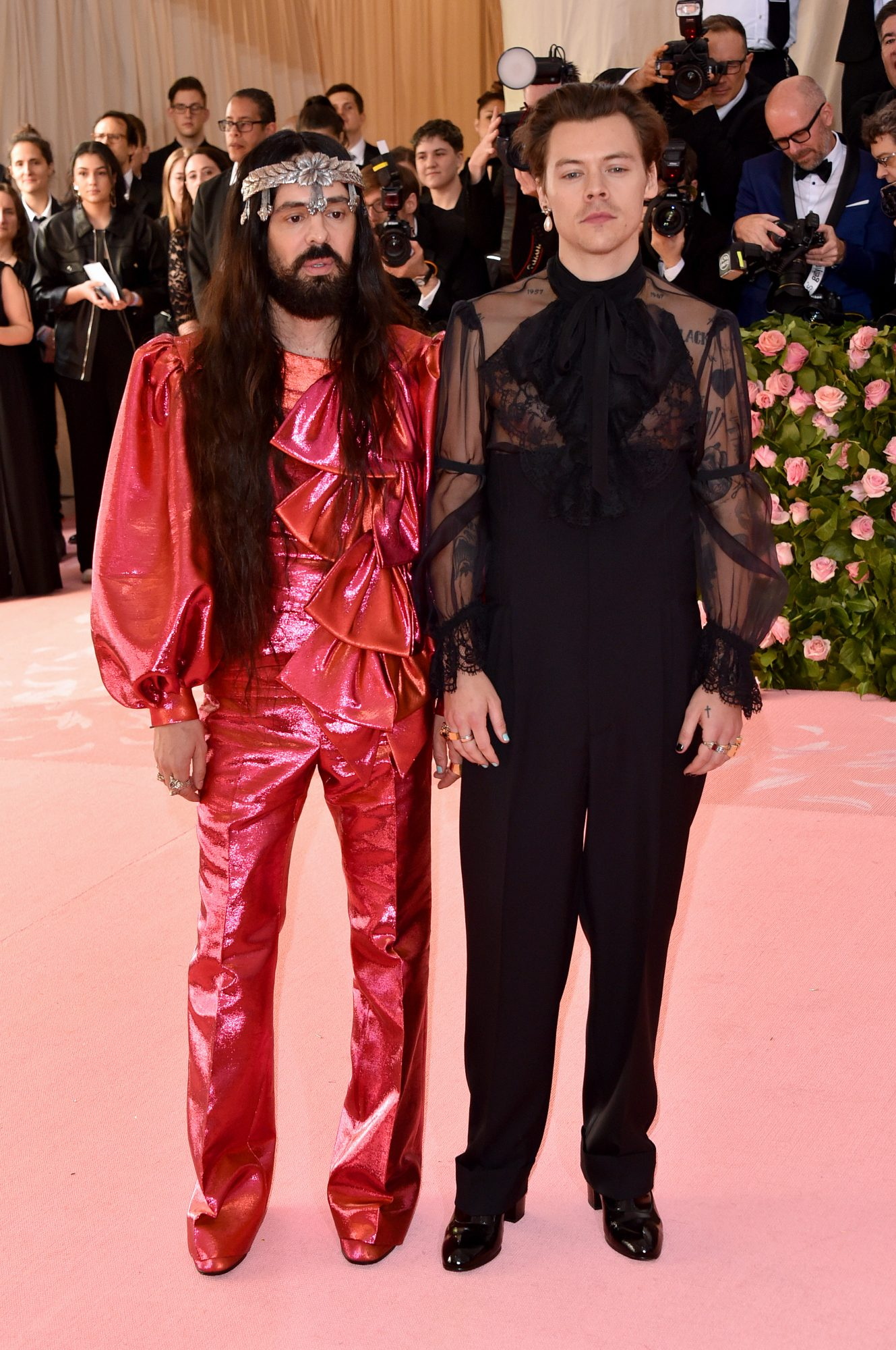 alessandro-michele-bow.jpg