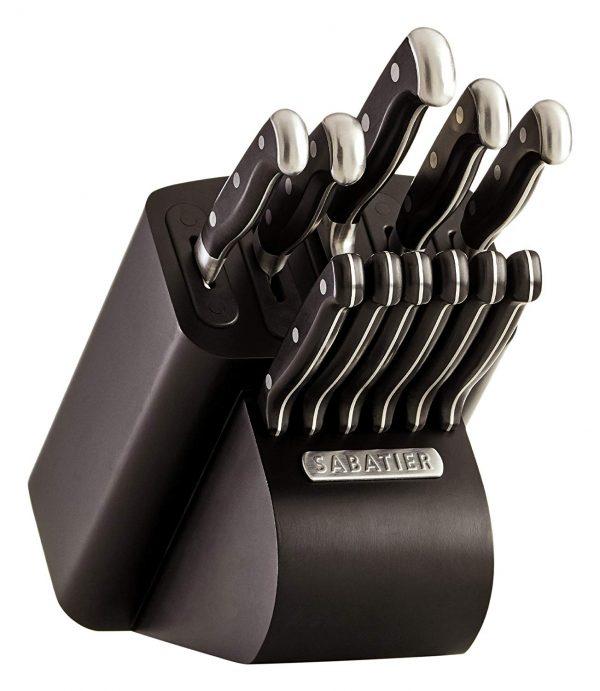 knives-e1555626215645.jpg