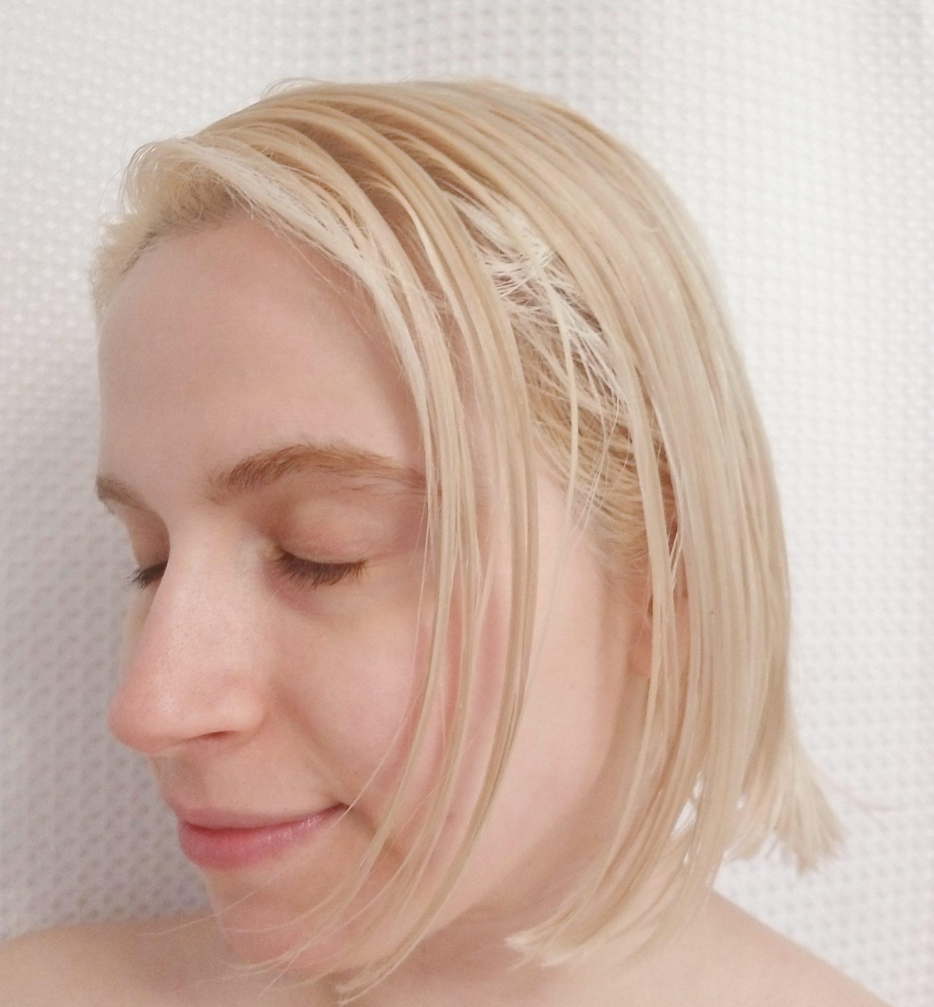 coconut-oil-hair-treatment-on-hair.jpg
