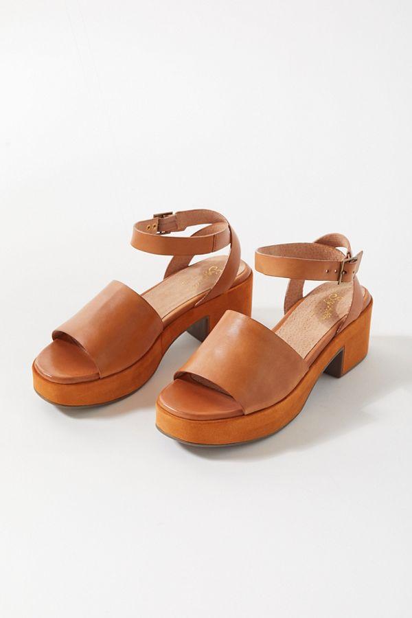 Seychelles 70s sandals