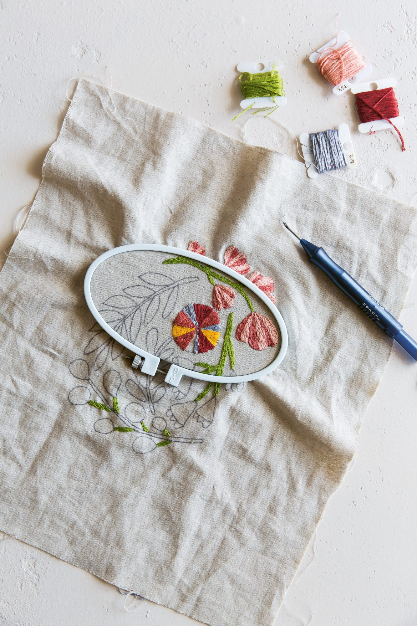 Punch-Needle-Floral-Embroidery_photocredit_Catherine-Frawley.jpg