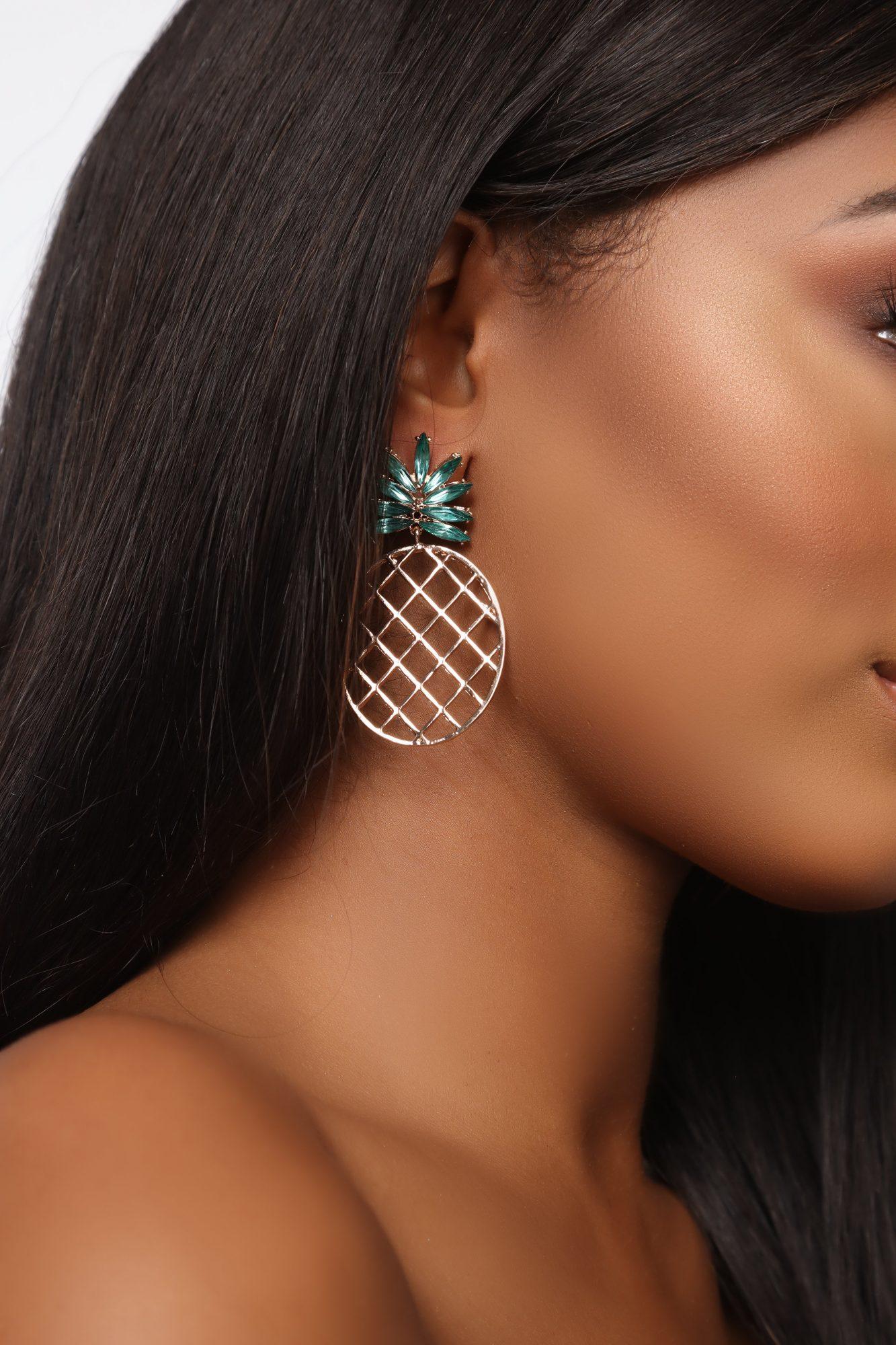Fashion Nova pineapple earrings