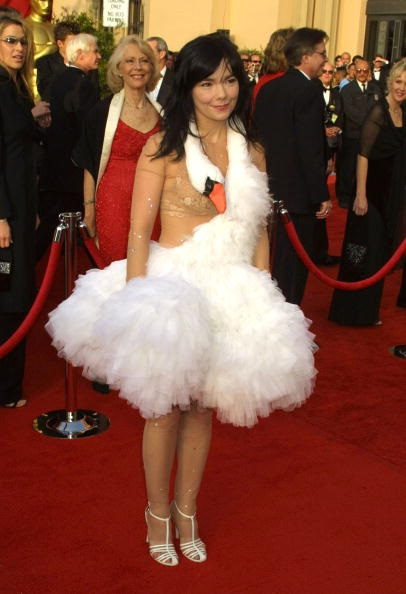 bjork-swan-dress.jpg