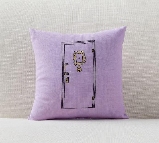 friends-apartment-door-pillow