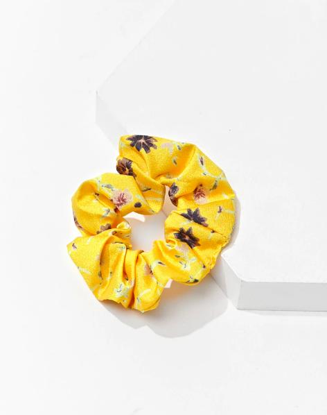 Forever 21 floral print scrunchie