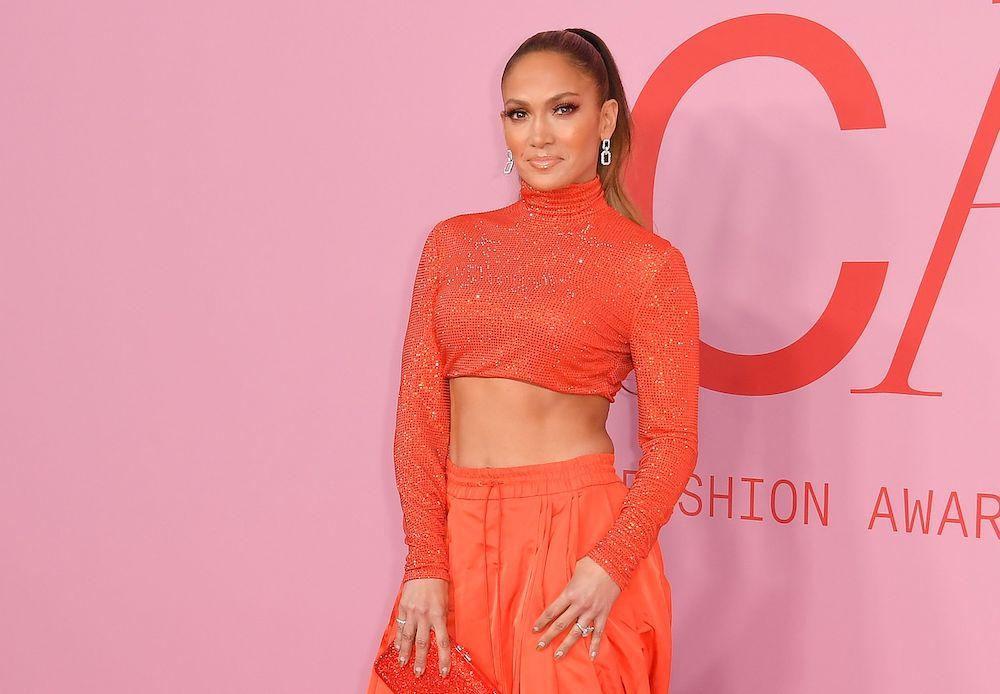 Jennifer Lopez arrives at the 2019 CFDA fashion awards