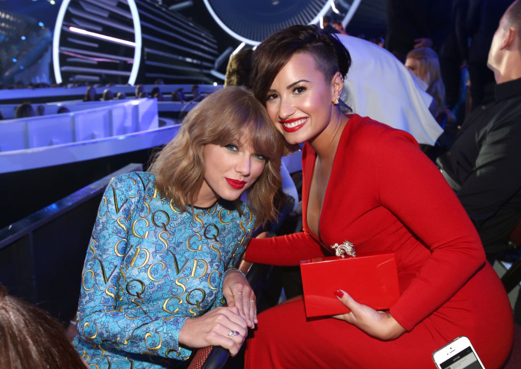 Taylor Swift and Demi Lovato at the 2014 MTV Video Music Awards