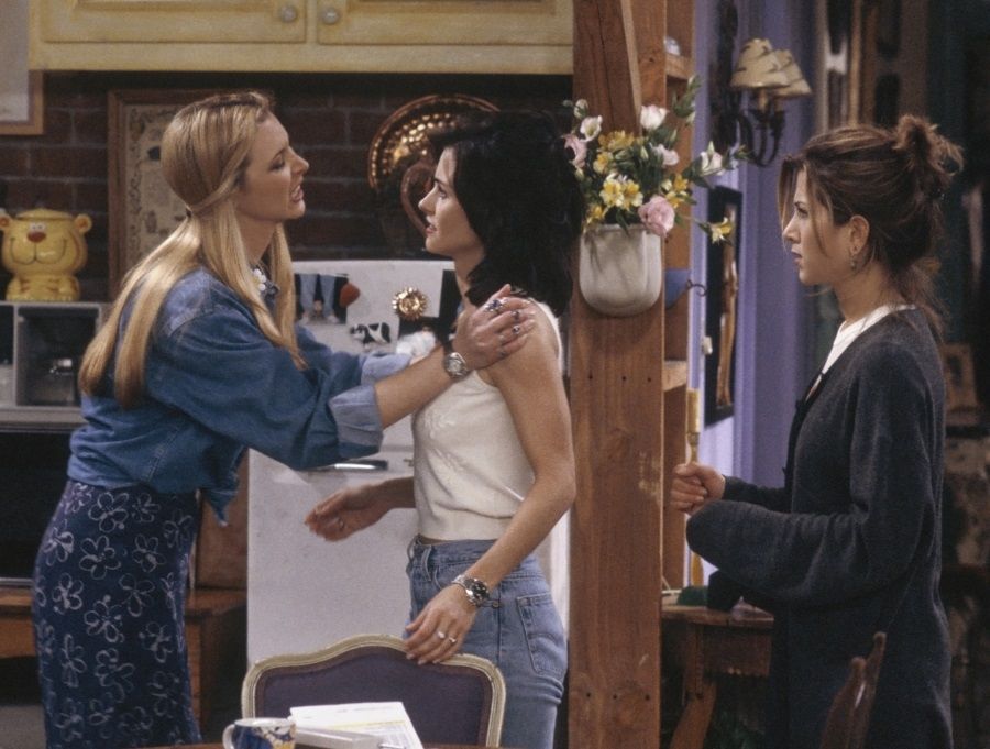 friends episode with monica, rachel, and phoebe
