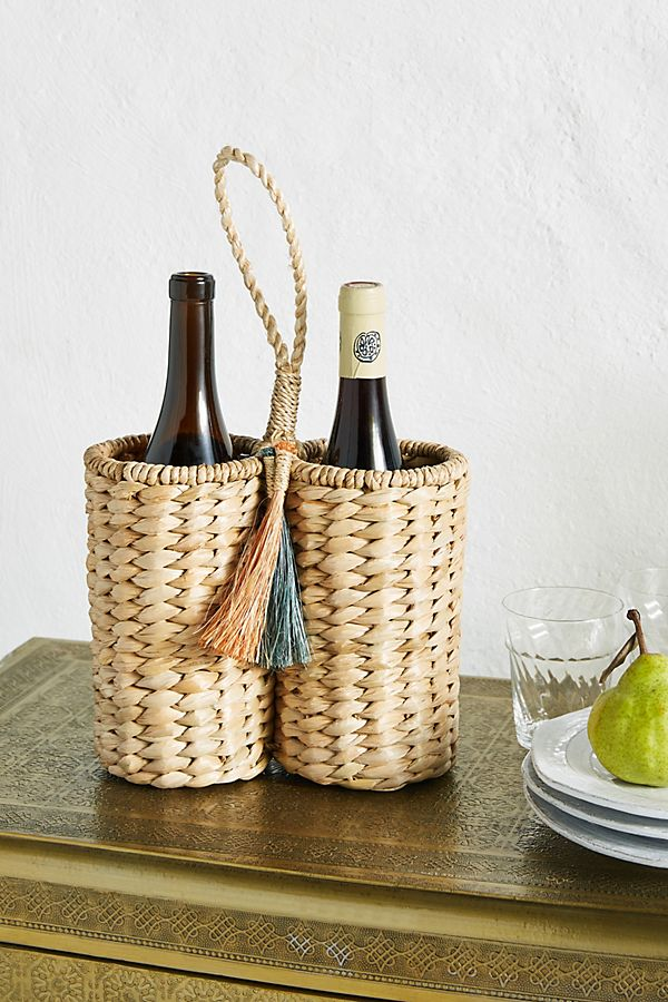 woven wine caddy from anthropologie