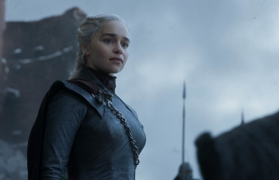 emilia clarke as daenerys in the game of thrones series finale