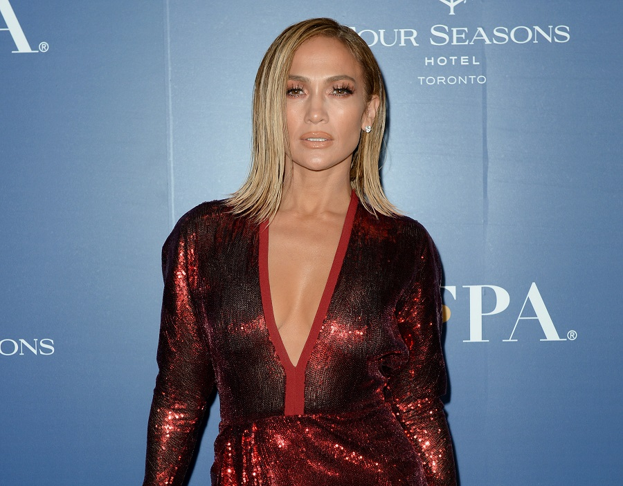 jennifer lopez blonde bob