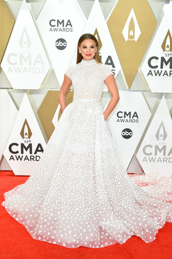 CMAs-red-carpet-Hannah-Brown.jpg