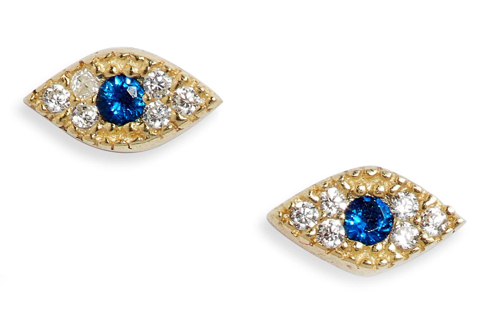 studs-earrings