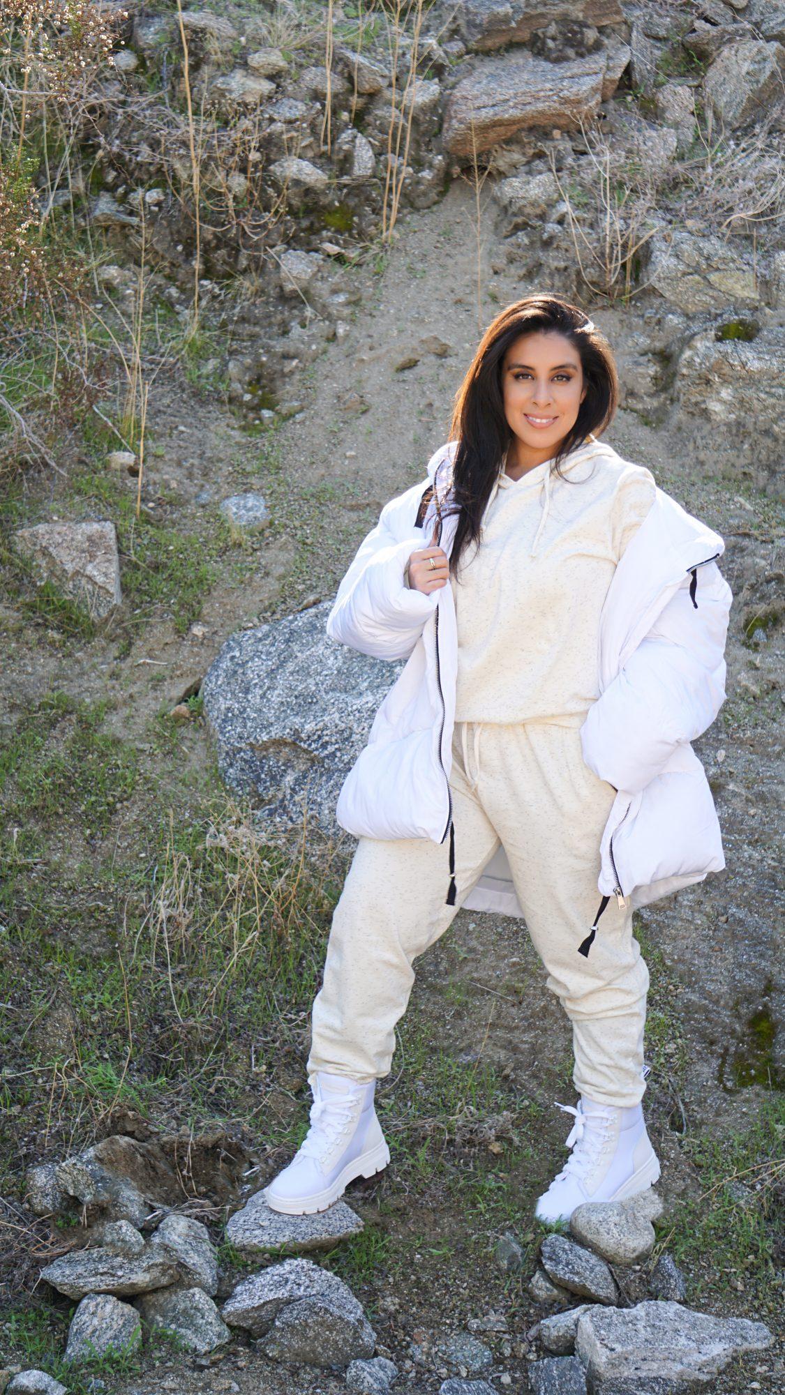 winter-whites-outfit-for-running-errands.jpg