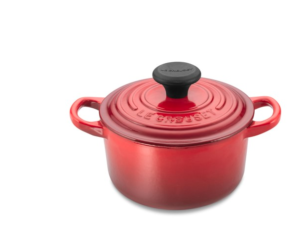 Le Creuset Dutch Oven Valentine's Day gift ideas