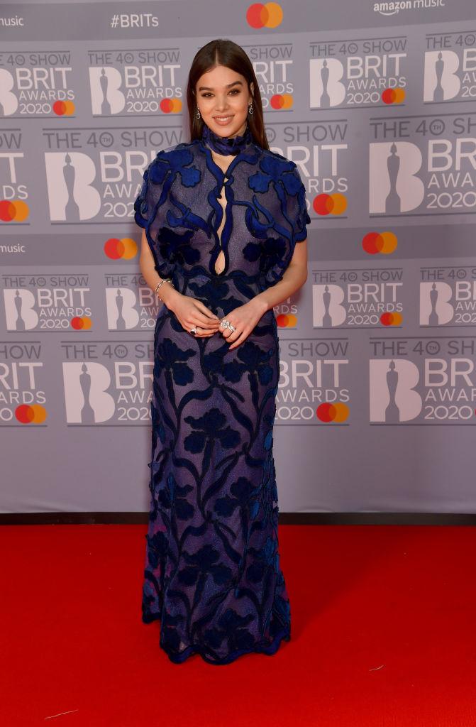 brit-awards-hailee-steinfeld.jpg
