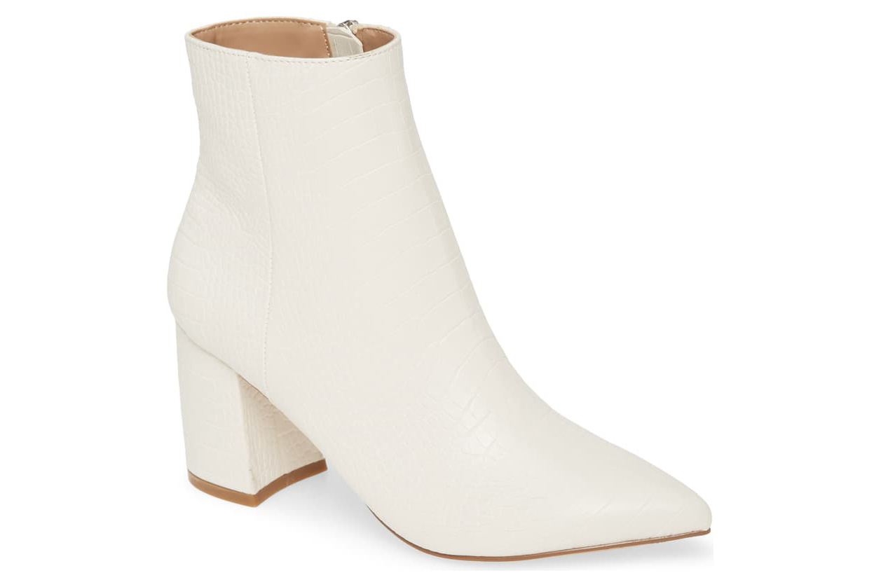 Steve Madden white booties pointed toe