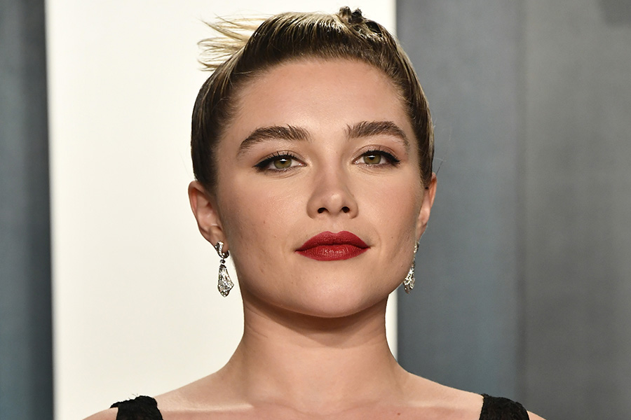 Florence Pugh, Maybelline Full and Soft Mascara