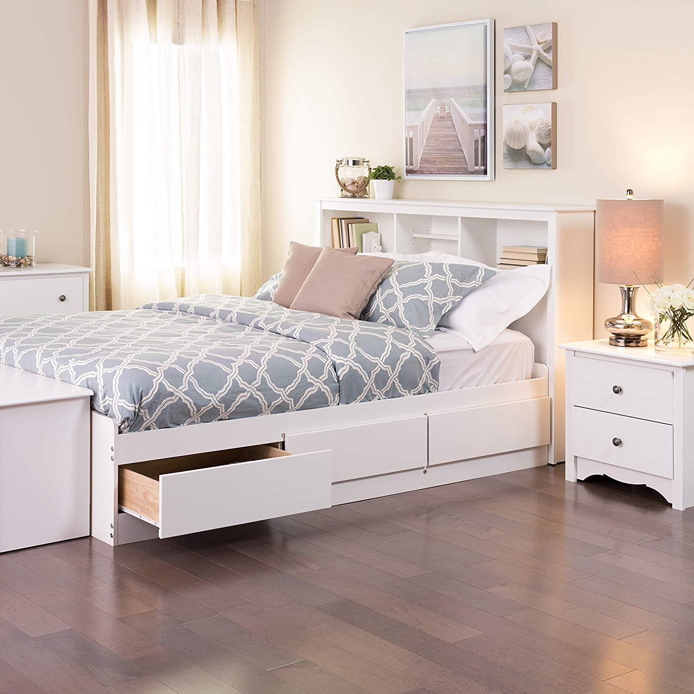 bed-drawers-studio-apartment.jpg
