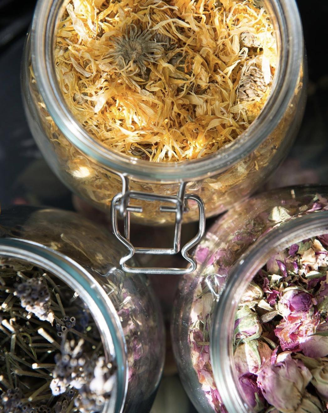 herbal-hair-rinse.png