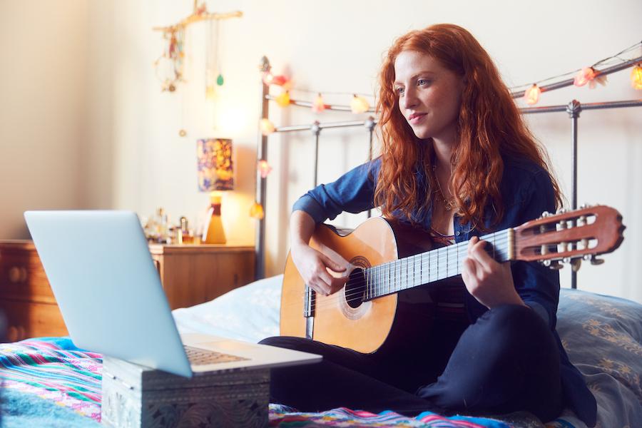 fender free online guitar and ukulele lessons