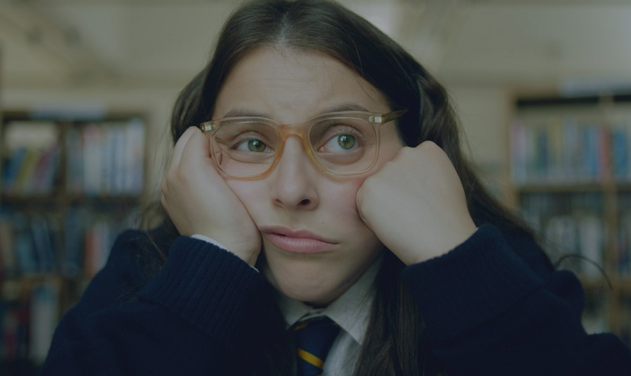 beanie feldstein in how to build a girl