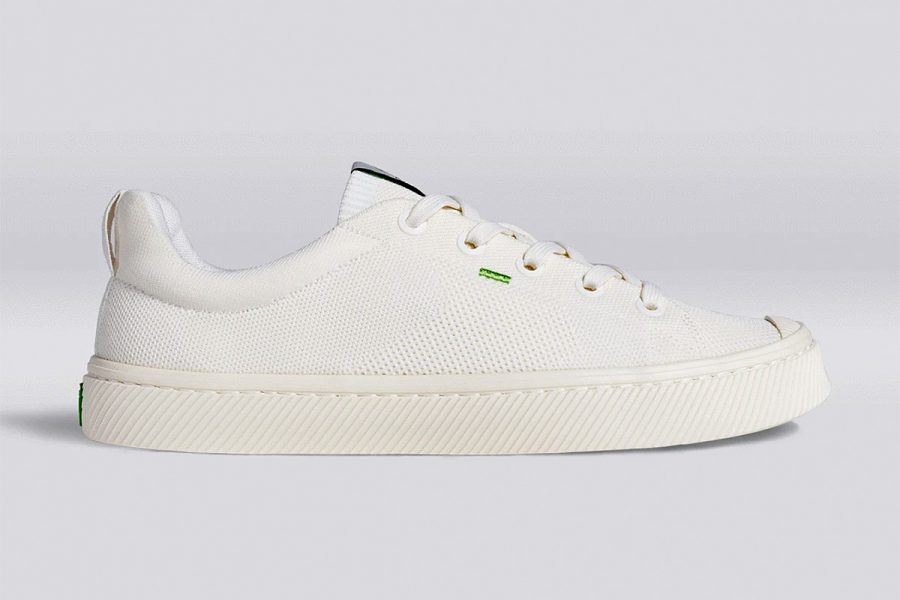 cariuma white sneakers
