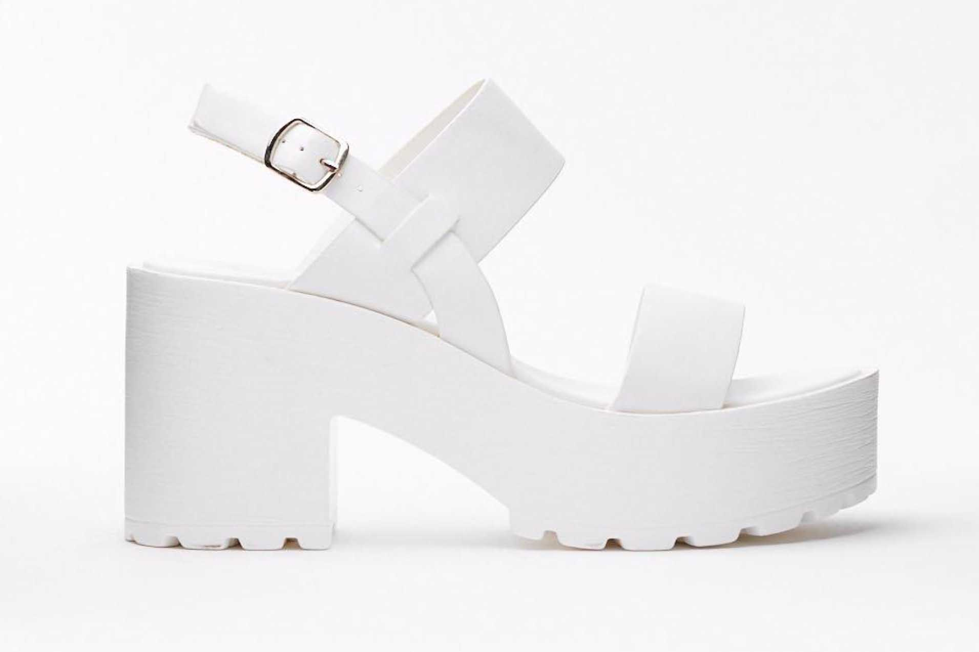 memorial-day-weekend-sales-nasty-gal-sandals.jpg