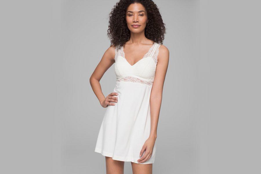 white-nightgown-lace-e1590511882765.jpg