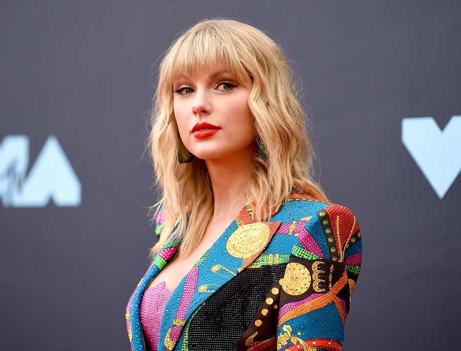 taylor swift Tennessee confederate statues