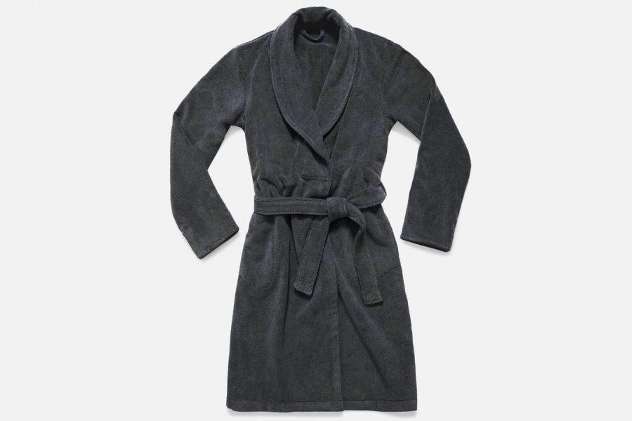 brooklinen-plus-robe-e1590094436463.jpg
