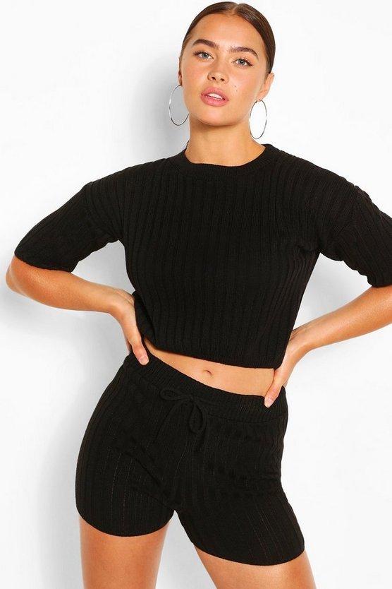 boohoo-knitted-t-shirt-set.jpeg