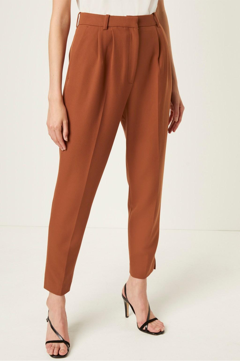 slim tapered pants