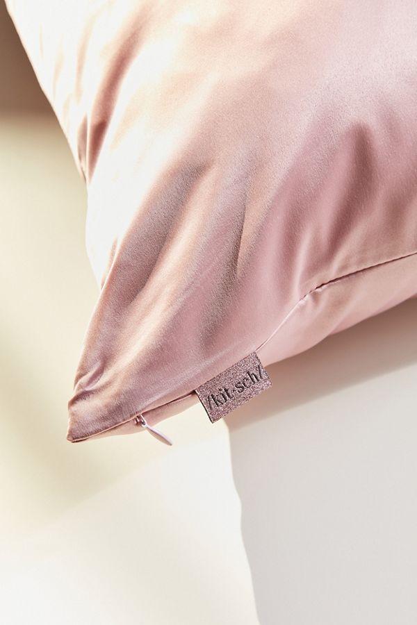 Kitsch silk pillowcase