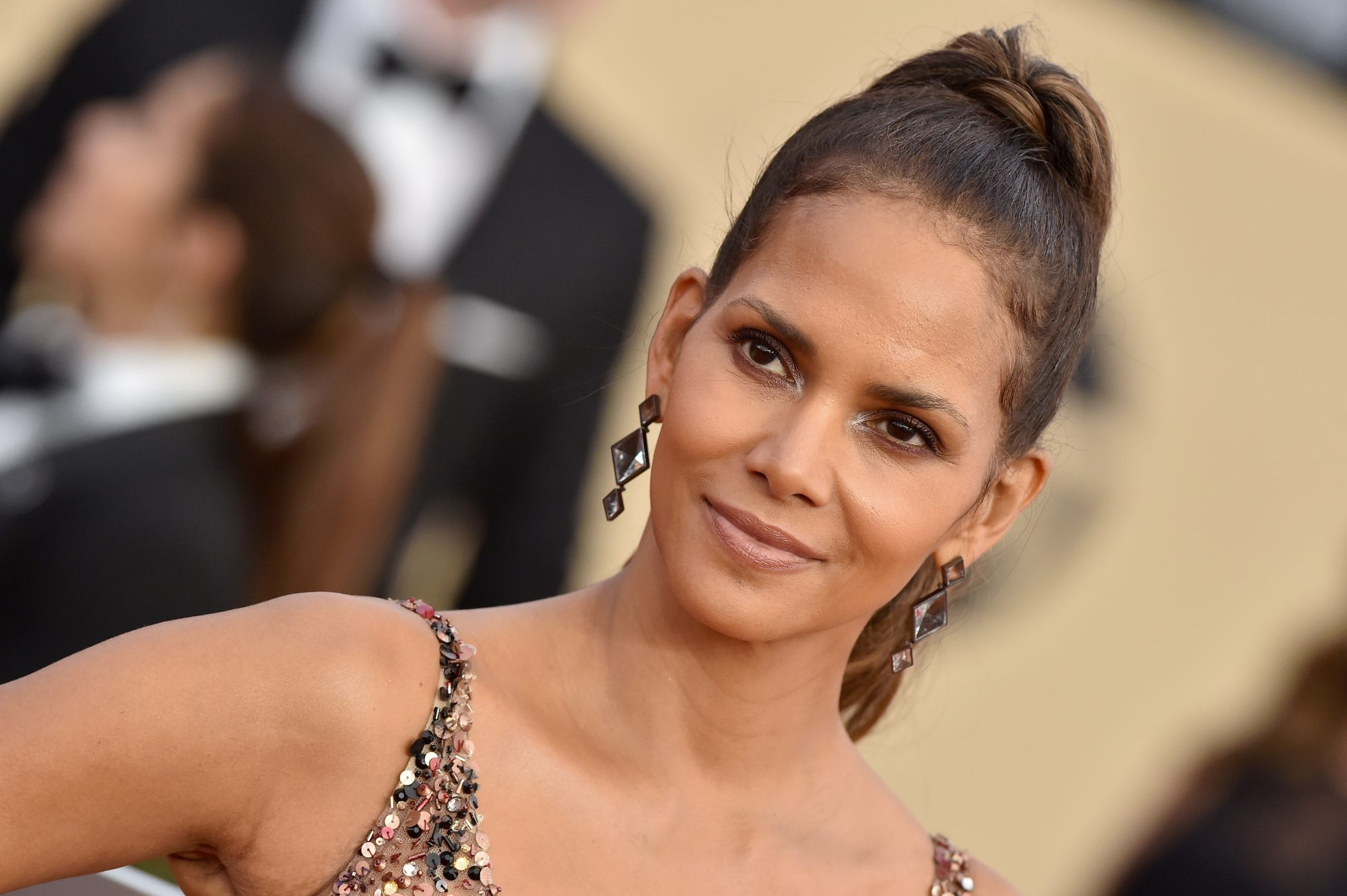 halle berry on SAG awards red carpet