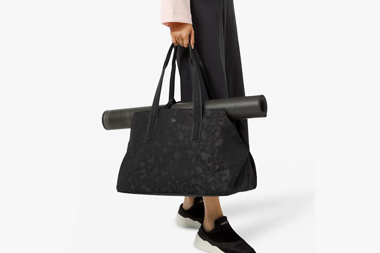 lululemon bag sale