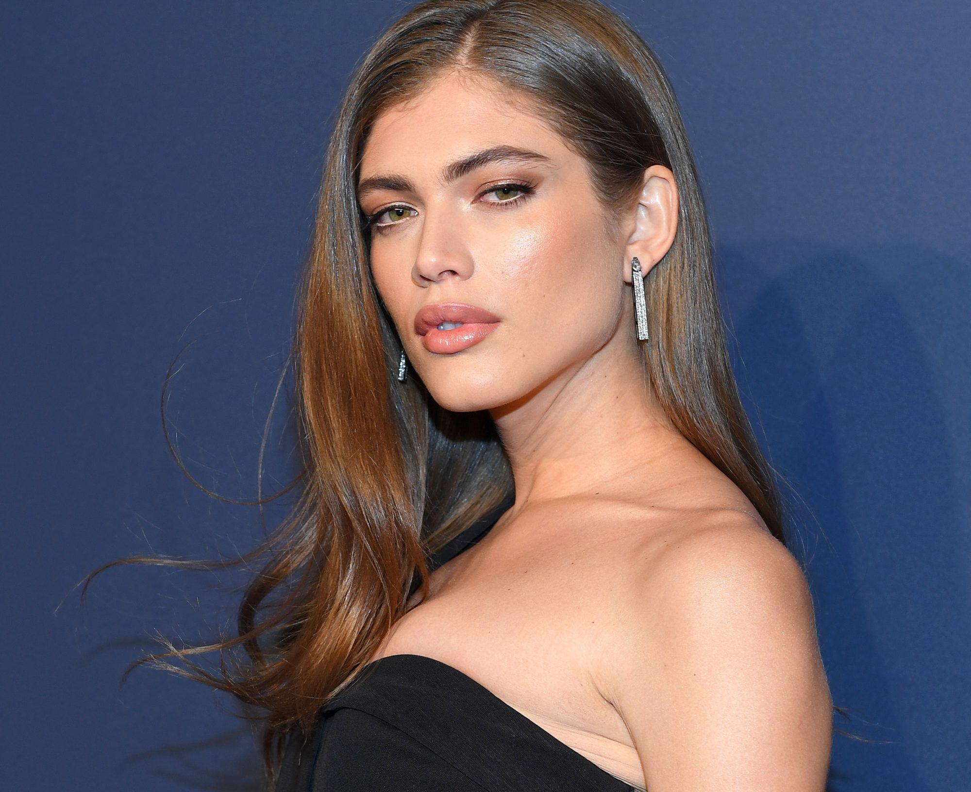 valentina sampaio sports illustrated swimsuit issue