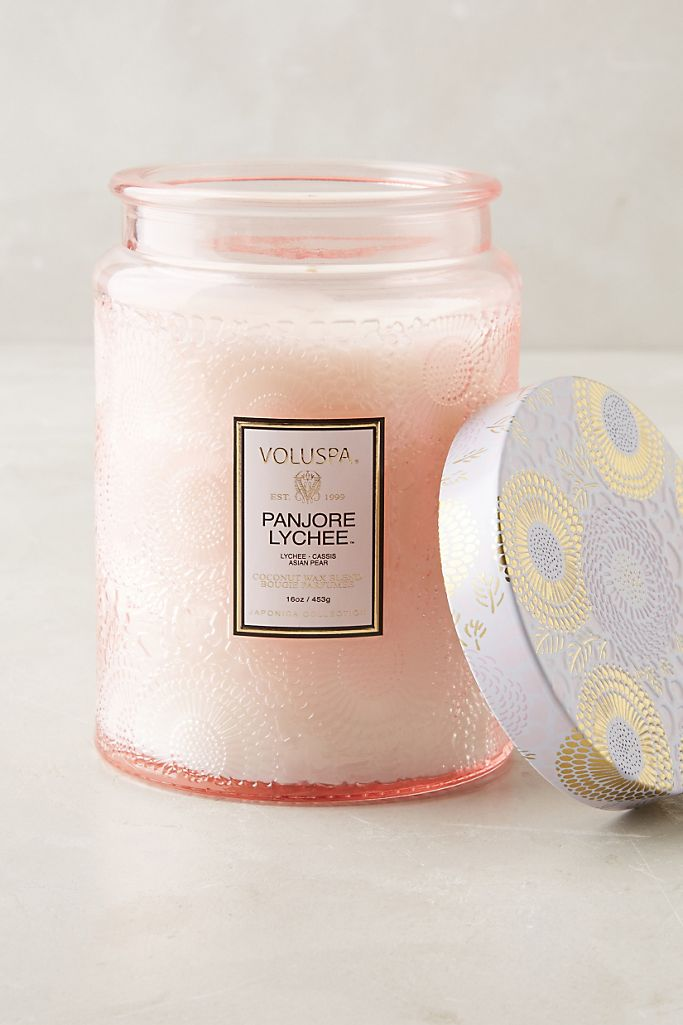 gifts for leo, voluspa candle