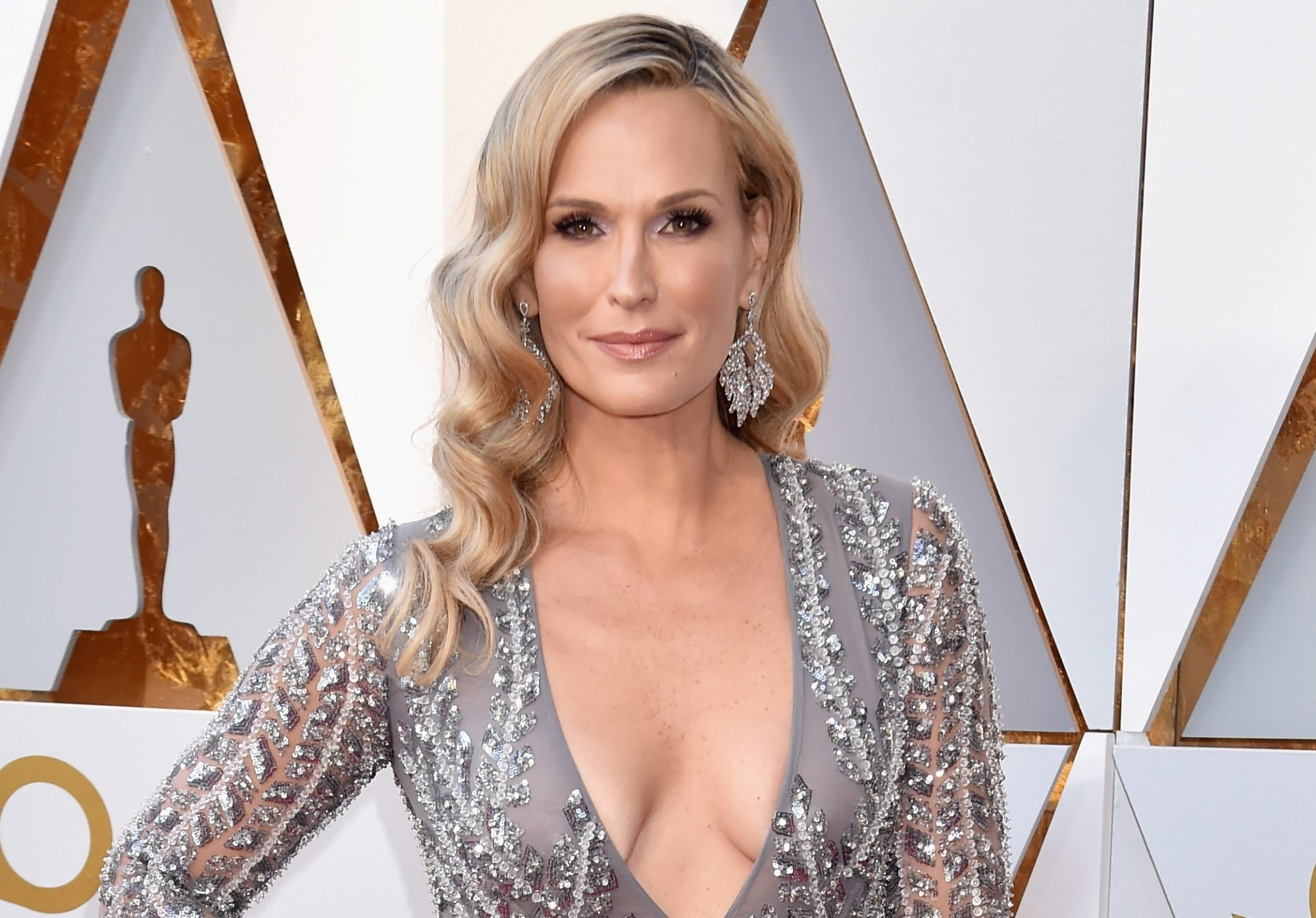 molly sims on the red carpet