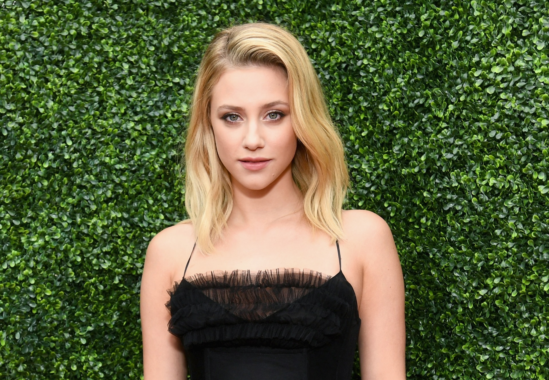 lili reinhart from riverdale on depression, breakup from cole sprouse