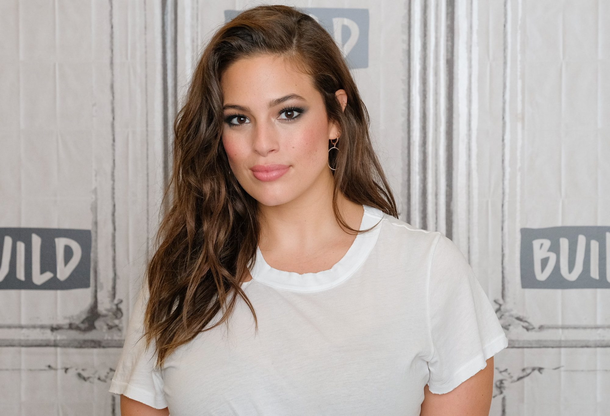 ashley graham postpartum stretch marks