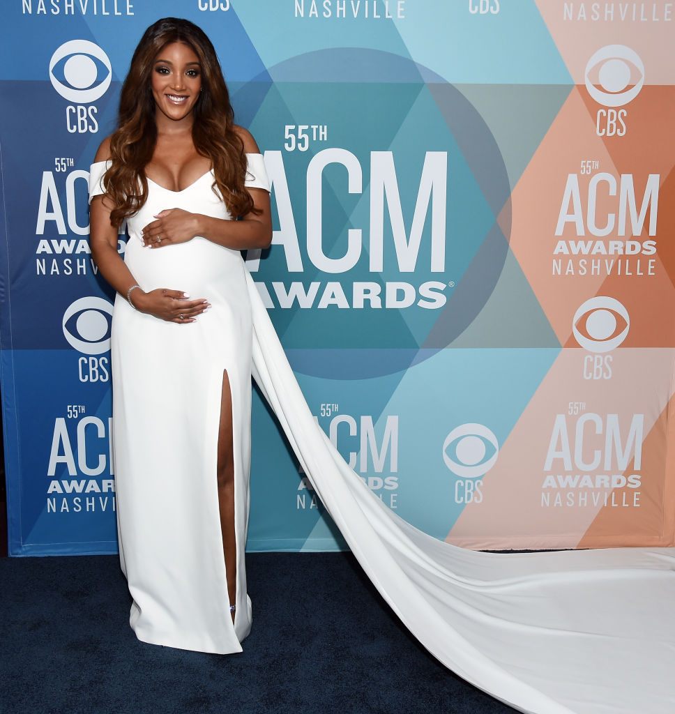 mickey guyton 2020 acm awards red carpet