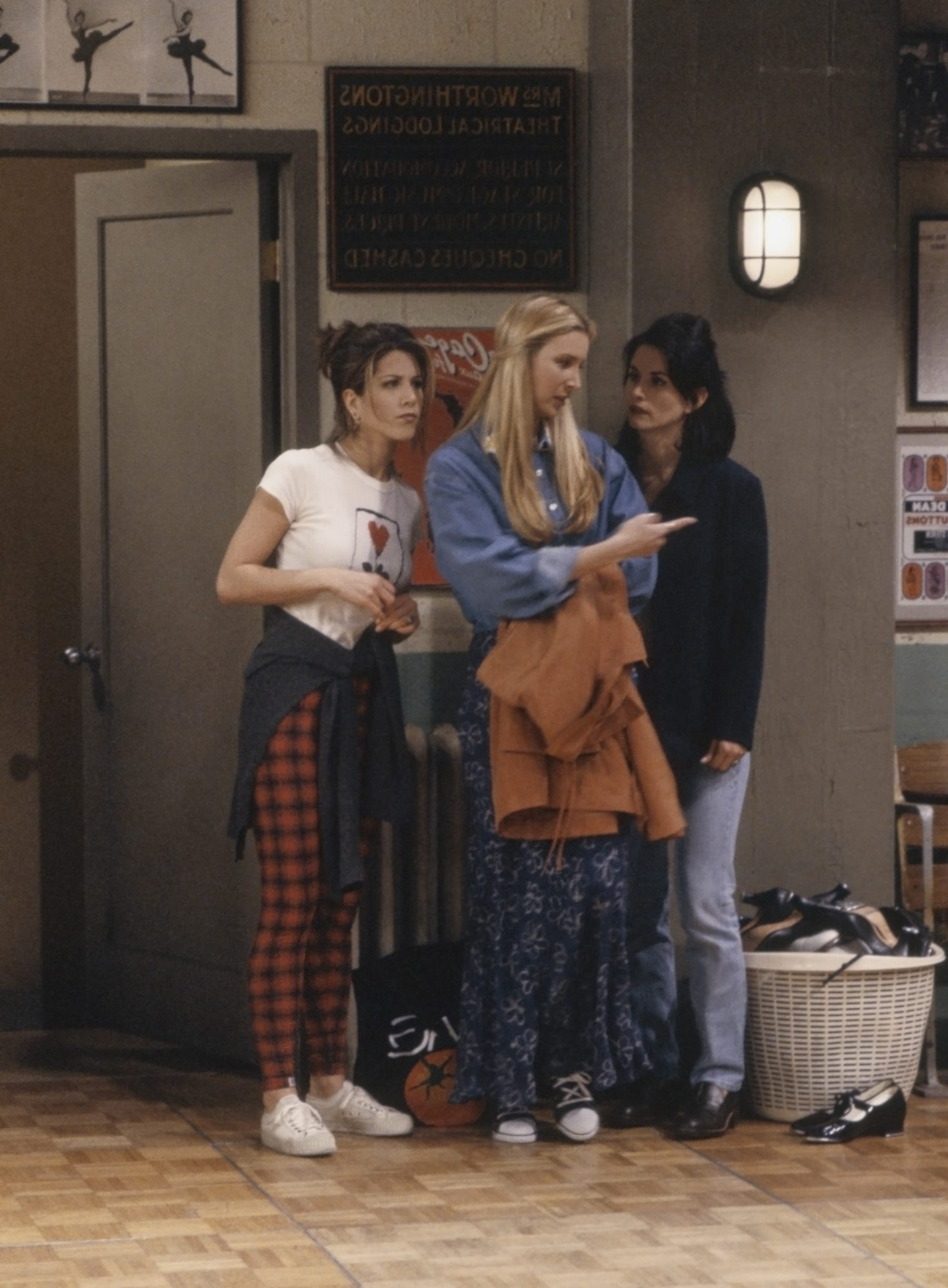 rachel green outfits friends outfits