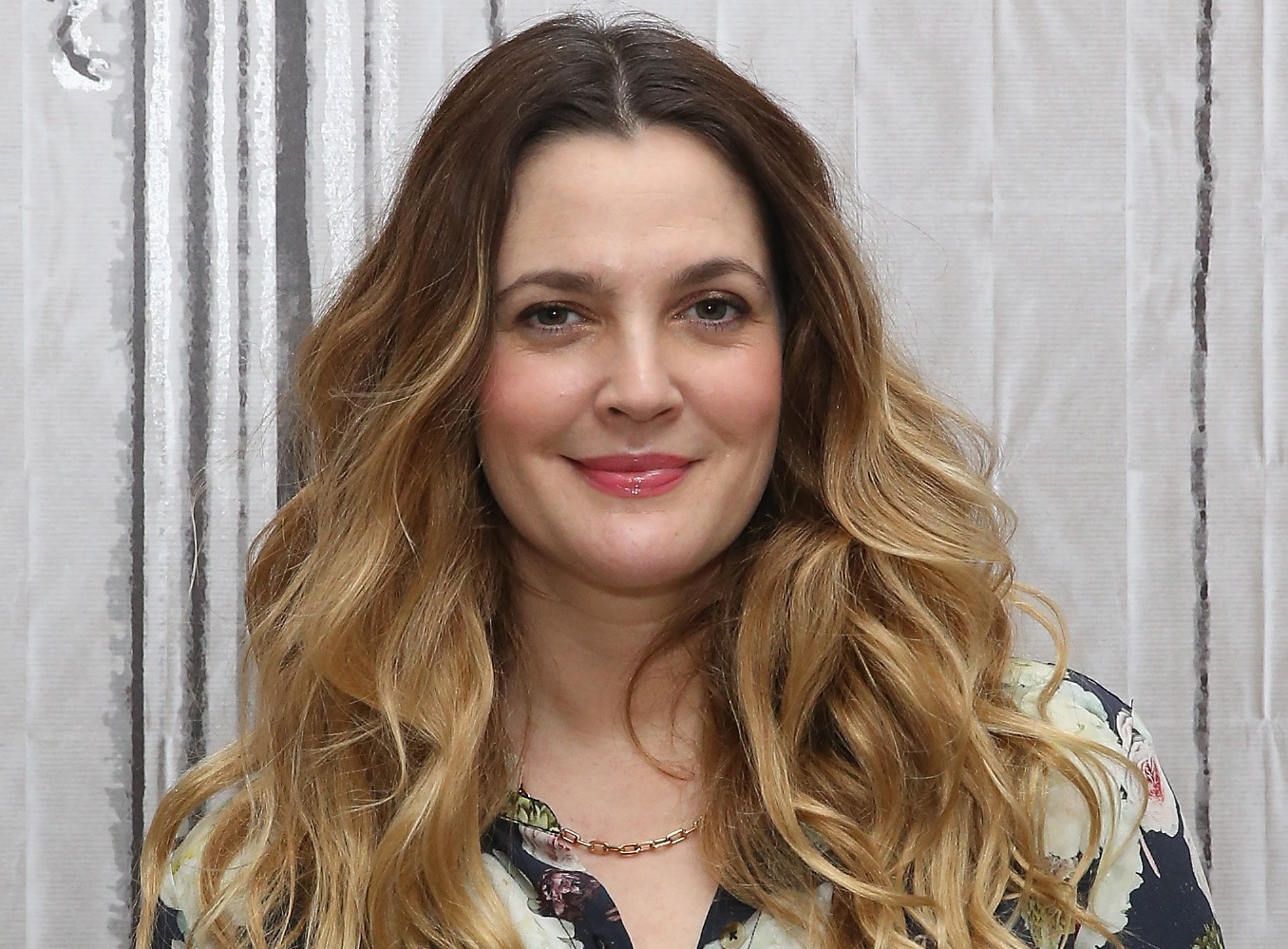 drew barrymore dating app raya