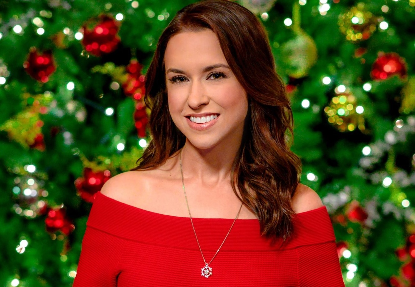 hallmark christmas movies schedule, lacey chabert