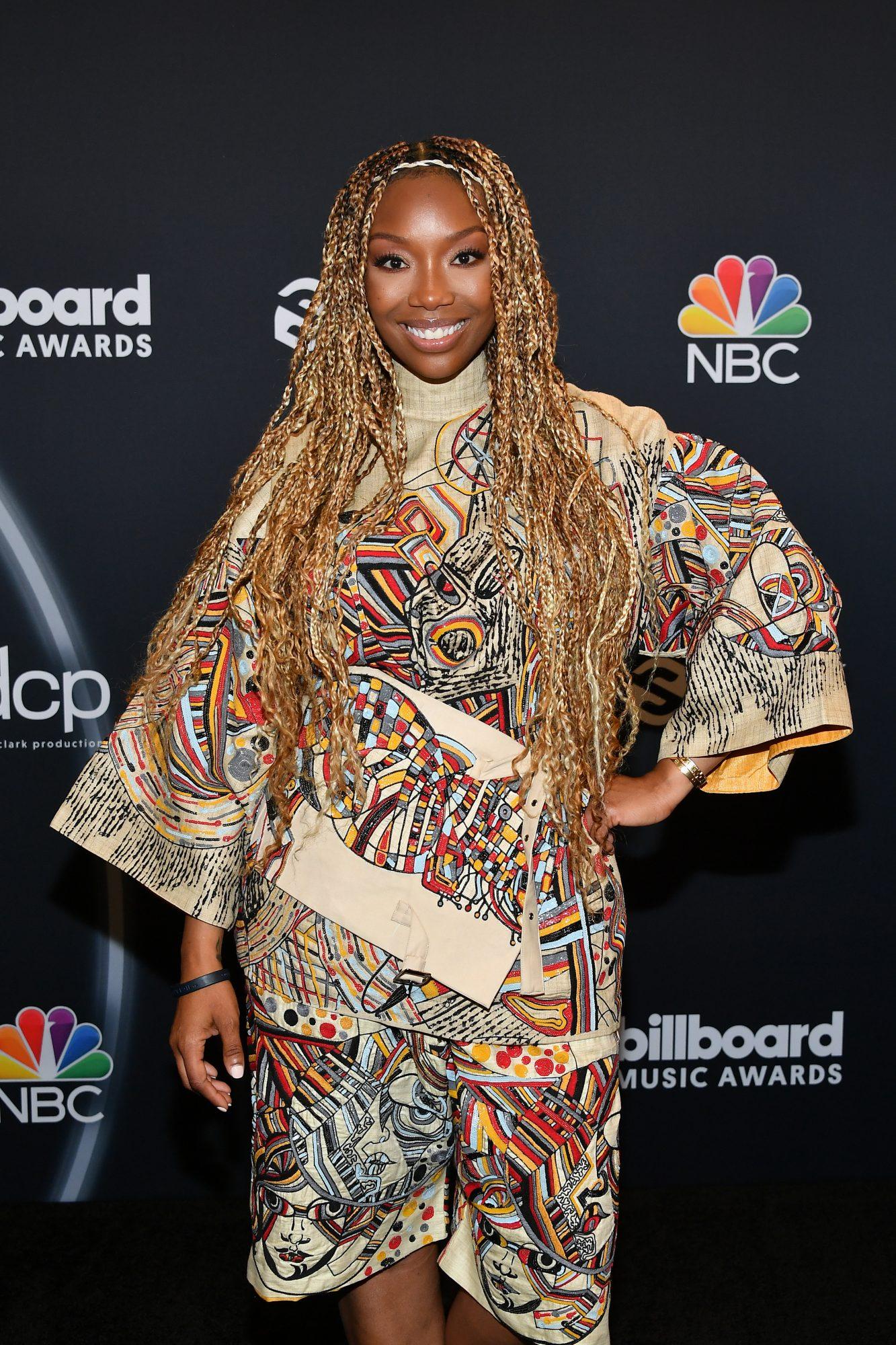 brandy 2020 billboard music awards red carpet