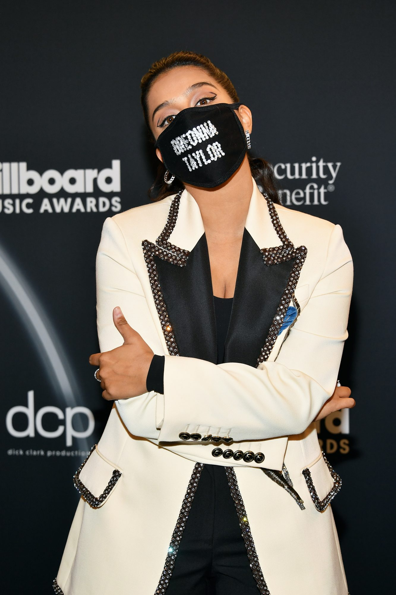 lilly singh 2020 bbmas breonna taylor mask
