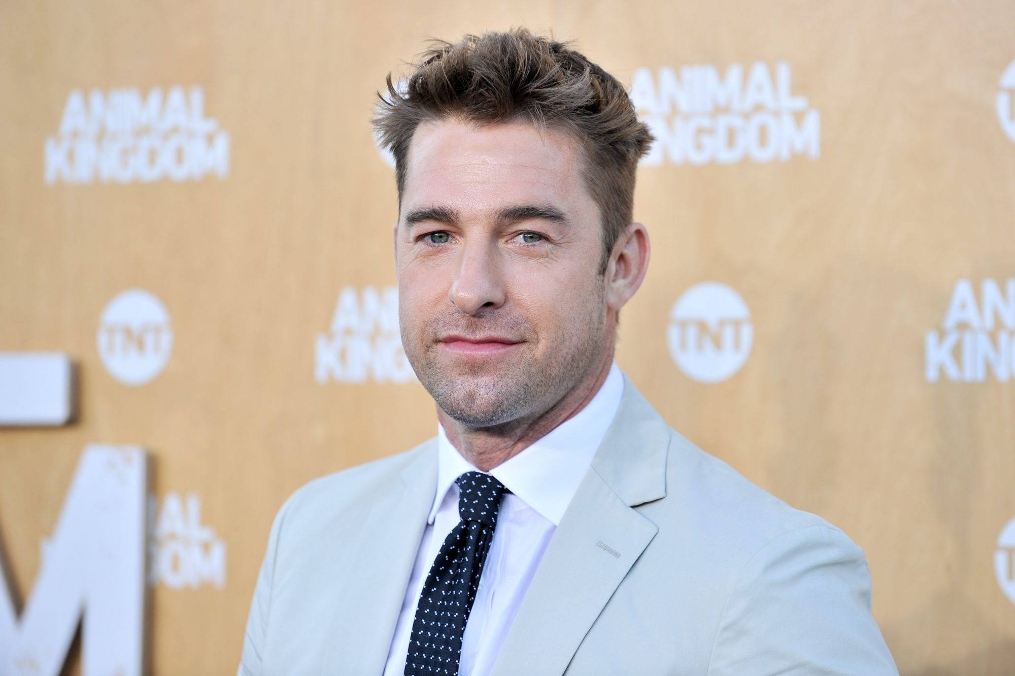 scott speedman you season 3 cast